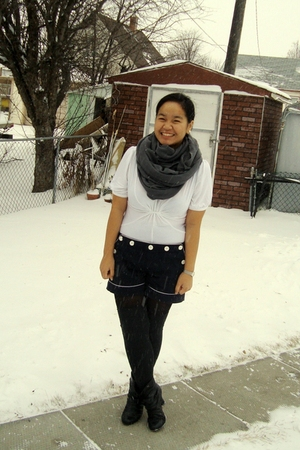 white Old Navy top - gray American Apparel scarf - blue joe fresh style shorts -