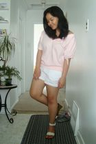 pink gift top - white Old Navy shorts - white Janylin shoes