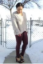 hot pink Street Vendor ring - beige vintage sweater