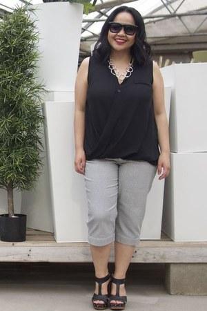 black Shelmerdine sunglasses - black Shelmerdine blouse