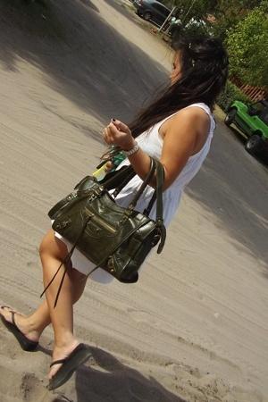 Zara dress - balenciaga purse - Havaianas shoes