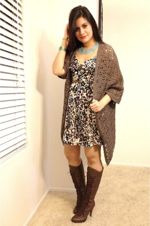 Bakers boots - leopard dress - brown sweater - Gold vintage bracelet