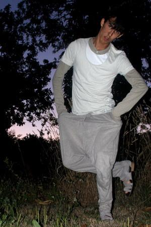 beige long slevee Zara shirt - beige harem pants pull&bear jeans