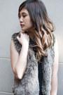 Collar-madewell-dress-fur-vest-madewell-vest-mary-janes-shoemint-heels