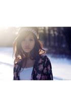 floral kimono ShopWasteland blouse - Nasty Gal shorts