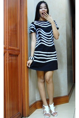 Maldita Black Sheep dress - XXtra shoes - From Bohol accessories
