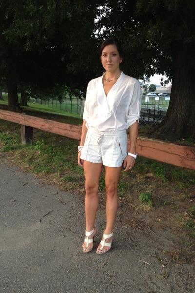 Gym Shorts Zara Shorts, White Blouse BCBG Blouses, Nine West Heels ...