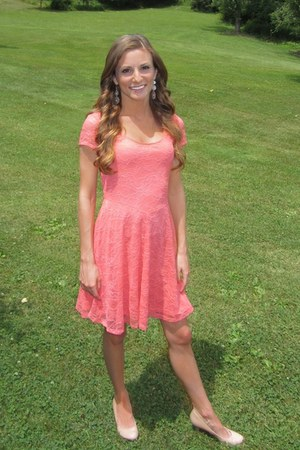 salmon lace H&M dress - nude patent leather Candies heels