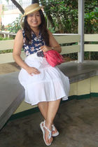 blue top - white skirt - brown Guess accessories - white shoes - red Nine West b