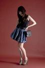 Gray-from-bangkok-skirt-gray-chanel-purse-black-urban-outfitters-t-shirt-b