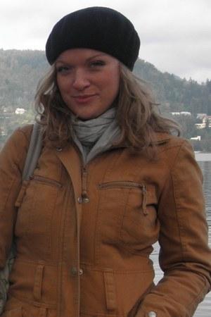 Vero Moda jacket - H&M Trend hat - New Yorker scarf