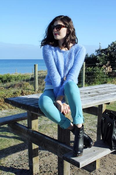 sky blue Glassons sweater - aquamarine Levis jeans