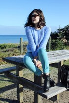 sky blue Glassons sweater - aquamarine Levis jeans