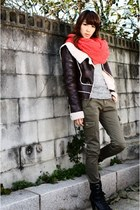 red scarf - magenta FYE jacket - light brown Smier blouse - black Chisel boots