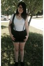 Black-high-waisted-shorts-white-forever-21-t-shirt-black-target-sneakers