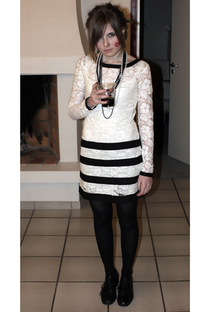 white asos dress - white vintage necklace - black vintage from Ebay shoes - blac