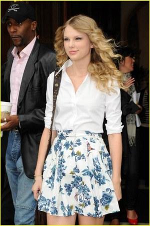 white blouse - white skirt