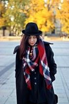 black wool F&F coat - black wool Stradivarius hat
