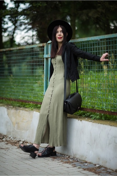 olive green maxi dress no name dress - black fedora H&M hat