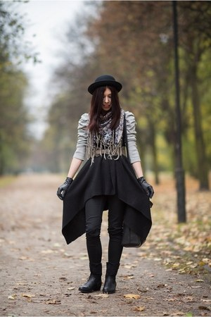 black H&M hat - black H&M cape - black H&M pants