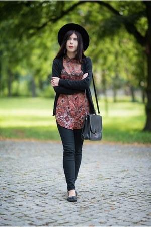 brick red boho Bershka shirt - black fedora H&M hat