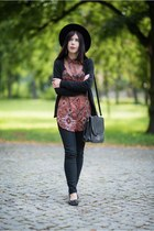 brick red boho Bershka shirt - black fedora H&M hat