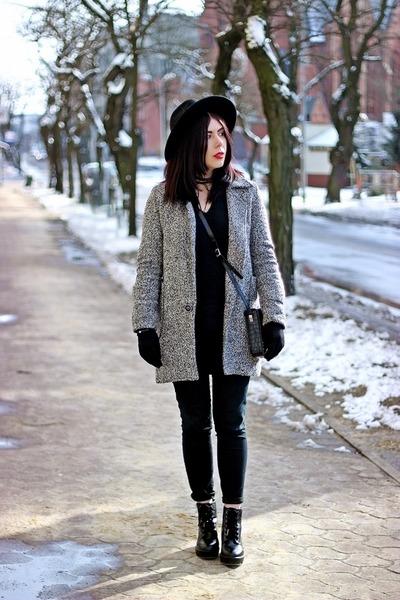 dark gray wool no name coat - black military Stradivarius boots
