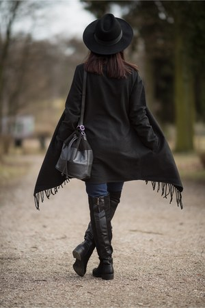black fringed anna field coat - black Ray boots
