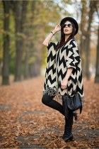 black Sarah Karen boots - black H&M hat - black H&M pants - black no name cape