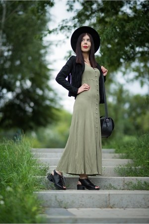 black fedora H&M hat - olive green maxi dress no name dress
