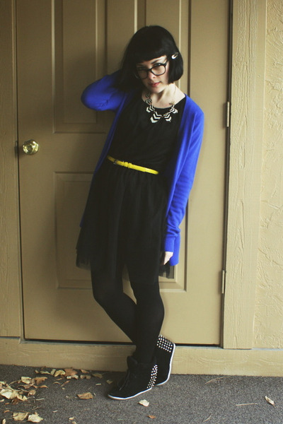 black tulle H&M dress - blue Forever21 cardigan - yellow Target belt