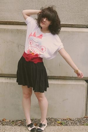 white modcloth top - black Old Navy skirt - red f21 belt - black Aldo shoes - go