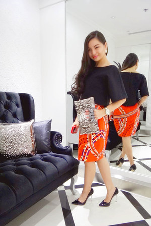 pencil skirt Elle Sasson skirt - snakeskin Maison du posh purse