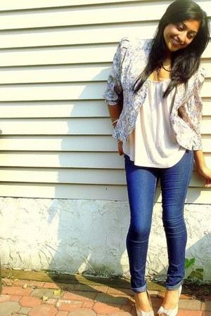 eggshell polyester blazer - navy cotten Forever21 jeans - eggshell silk heels