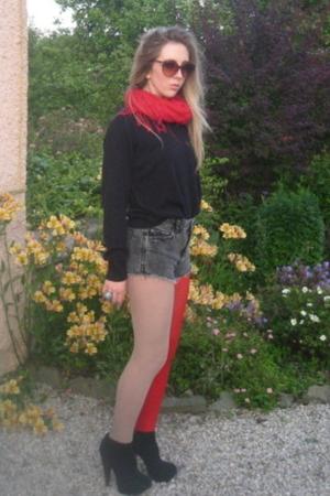 scarf - top - Topshop shorts - tights - Topshop shoes