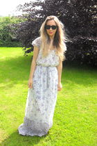 blue Zara dress - black Ray Ban sunglasses