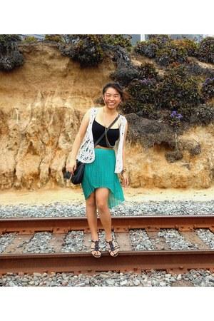 asymmetrical skirt - black Forever 21 top - crochet vest