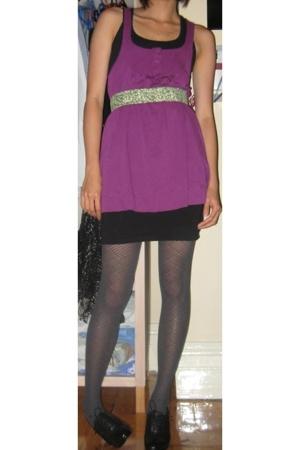 FCUK top - H&M skirt - Target Australia tights - Nine West shoes