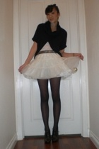 black vintage sweater - Vince Camuto shoes - black sheer Target tights