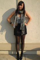 H&M scarf - H&M - f21 - crossroads