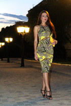 yellow Motel dress - yellow Fiorelli bag