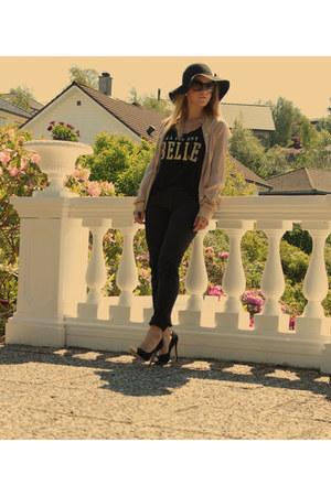 black emporio armani jeans - tan Dolce & Gabbana shirt