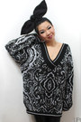 black damask lipgloss and black sweater