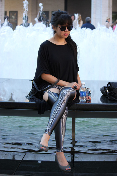 black fringe Aldo bag - dark gray Black Milk leggings