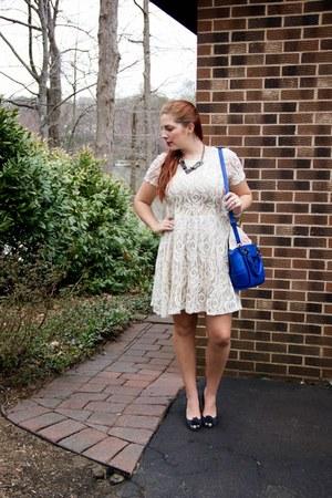 blue crossbody Danielle Nicole bag - off white lace dress Bobeau dress