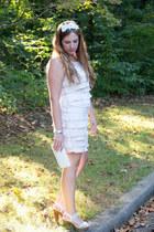 white clutch bcbg max azria bag - eggshell layering Loft dress