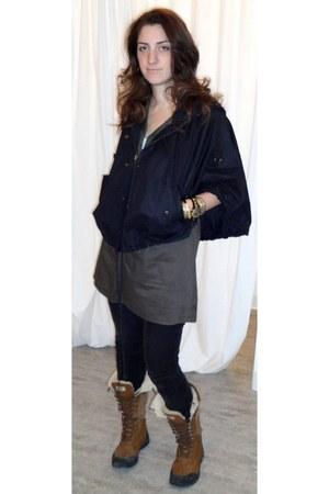 adirondack tall Uggs boots - na shirt - covet cape - cord in metal JBrand pants