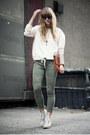 Topshop-boots-vintage-bag-zerouv-sunglasses-vintage-necklace-zara-top
