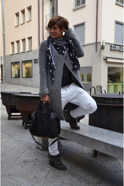 fabric scrap boots - Marc by Marc Jacobs scarf - sdgf bag