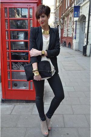 black Zara blazer - beige Dixie t-shirt - black Zara pants - beige Zara heels